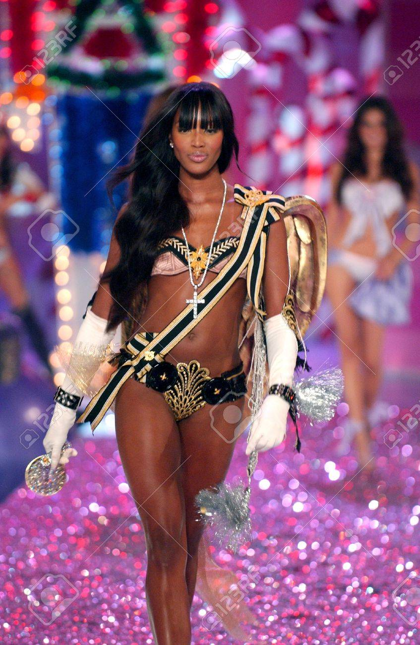 Naomi Campbell Victoria's Secret Fashion Show 2005 Victoria s Secret Fashion
