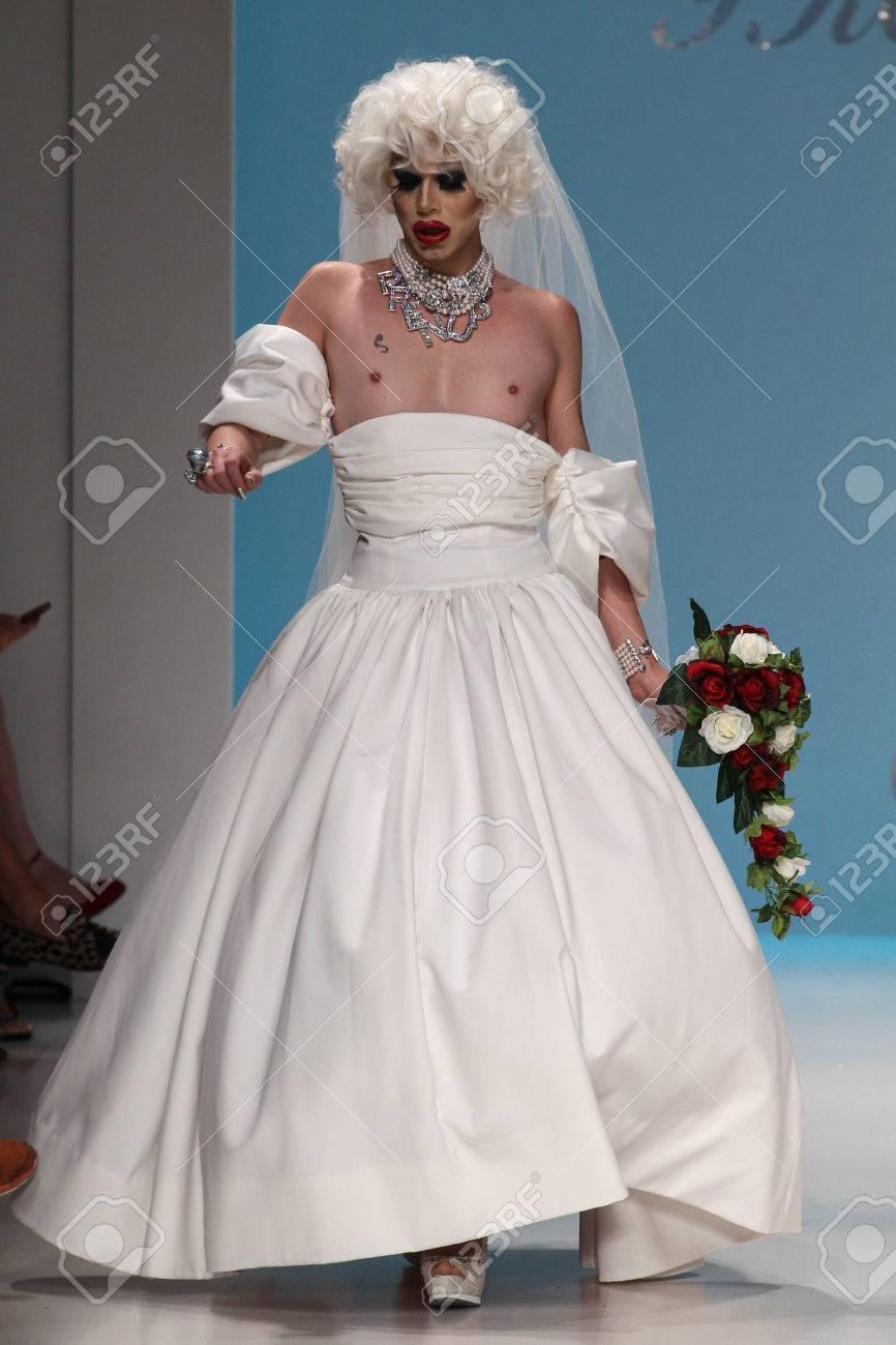 NEW YORK, NY - SEPTEMBER 10: Sharon Needles Walks The Runway.. Stock ...