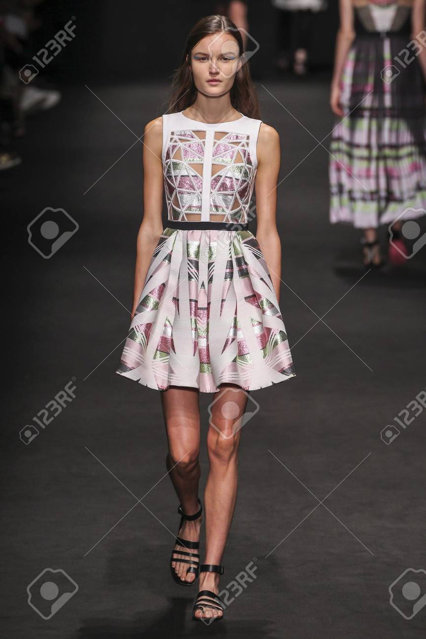 Buy Milano byblos fall runway pictures trends