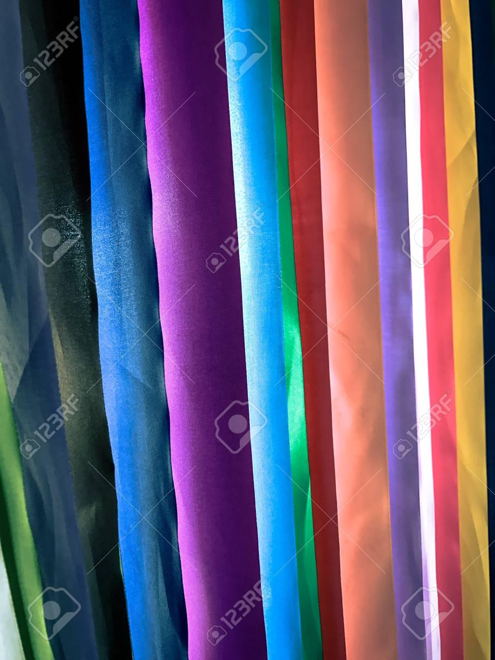 Bunte Stoffe Textur Hintergrund Lizenzfreie Fotos Bilder Und Stock