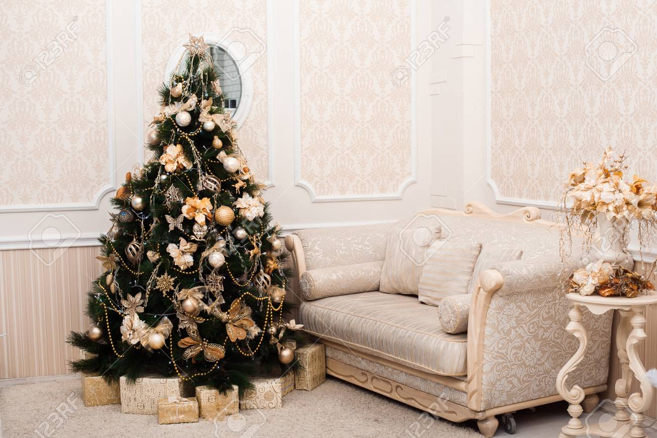 Holiday Living Christmas Tree.Holiday Living Room In Apricot Colors With Decorated Christmas