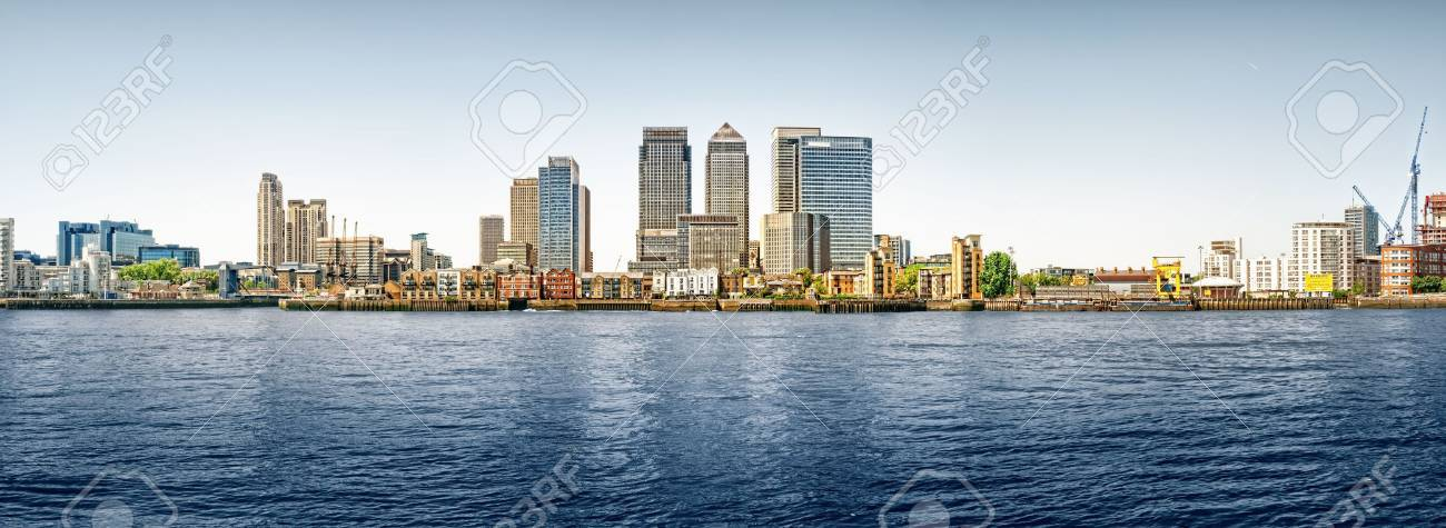 Panoramic picture of Canary Wharf view from Greenwich. This view includes: Credit Suisse, Morgan Stanley, HSBC Group Head Office, Canary Wharf Tower, Citigroup Centre, One Churchill Place(Barclays) and Riverside apartment. Stock Photo - 7948877