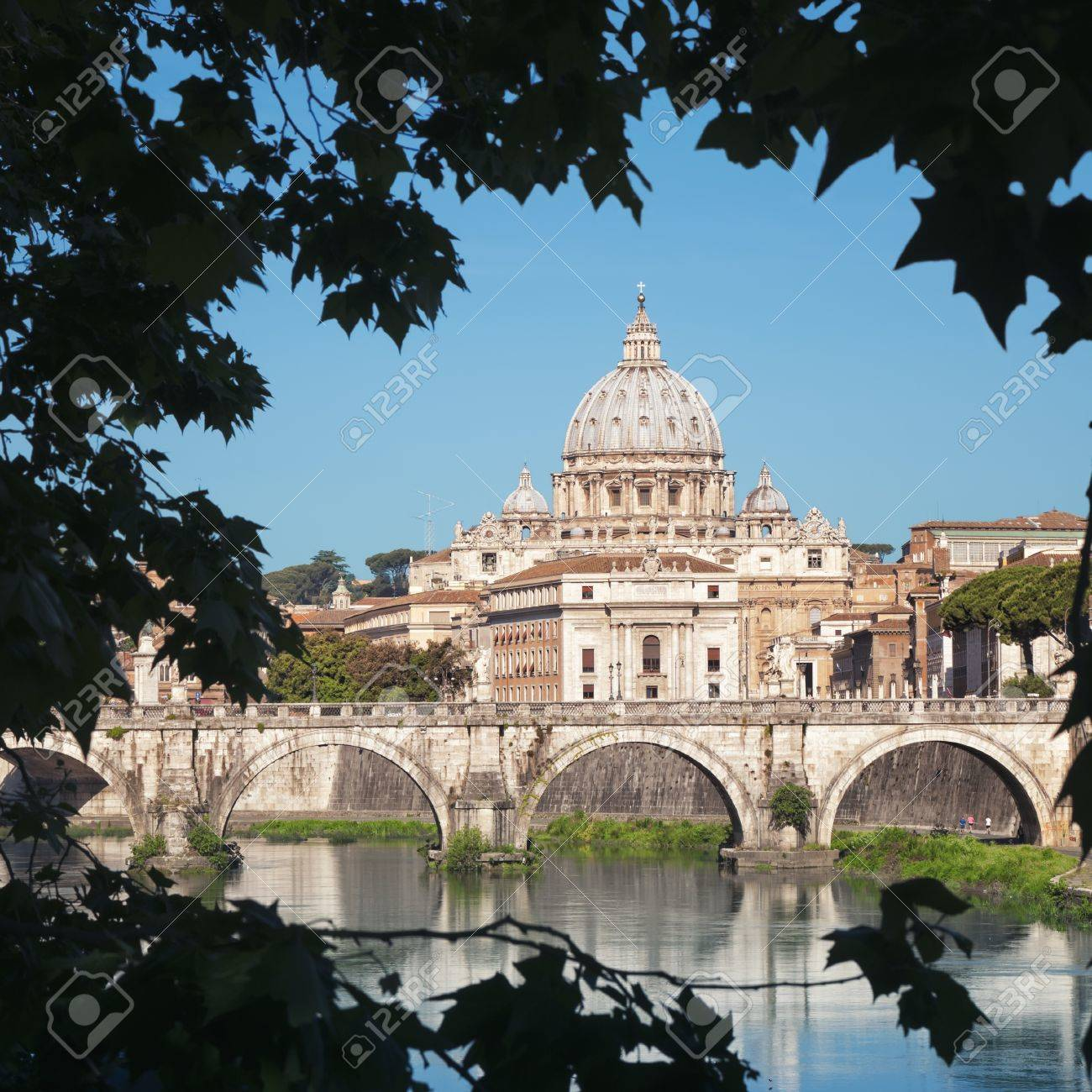 St  Peter s Basilica, Rome - Italy  Stock Photo - 13998749