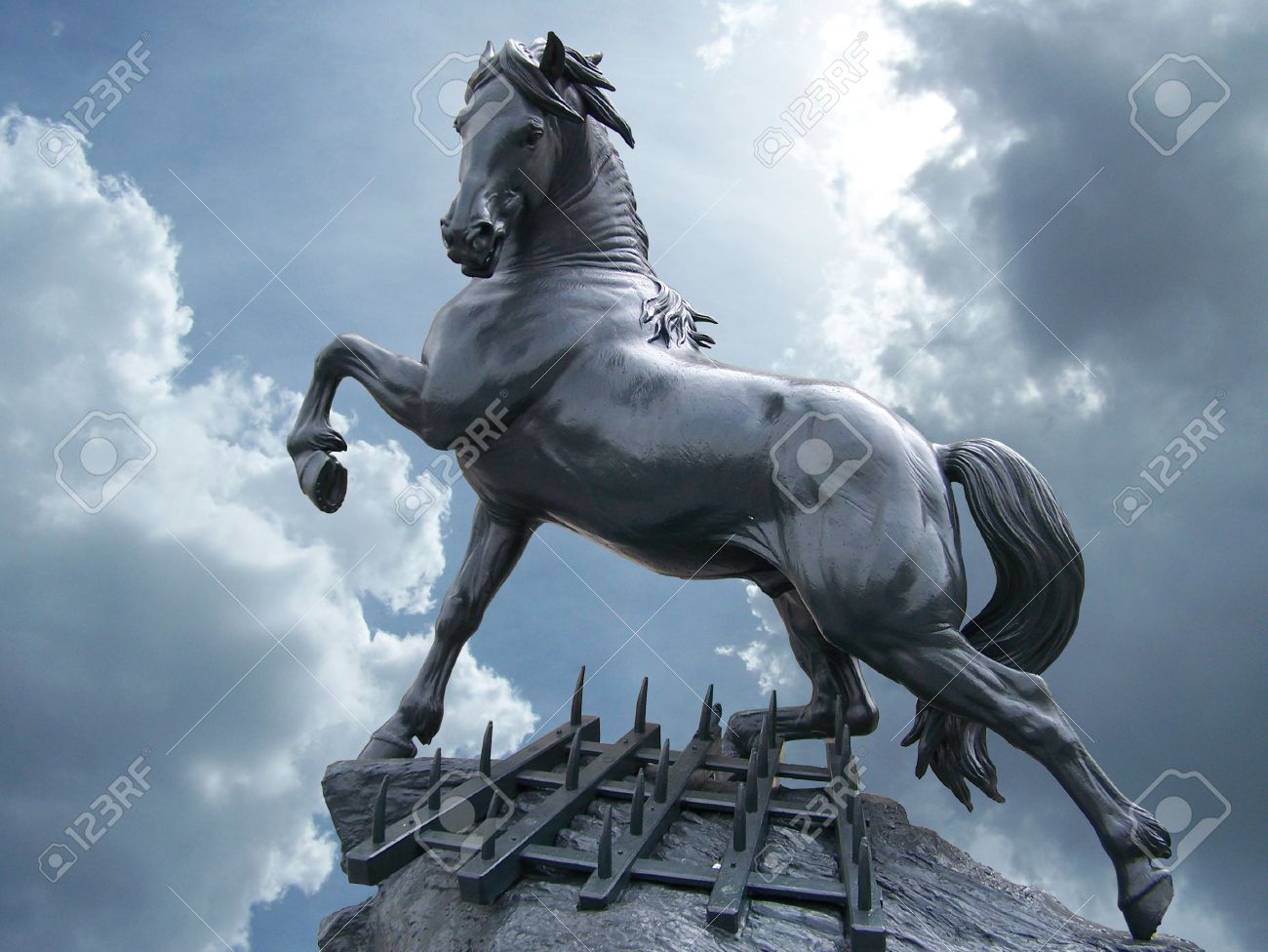 horse statue on the sky with clouds Stock Photo - 9222610
