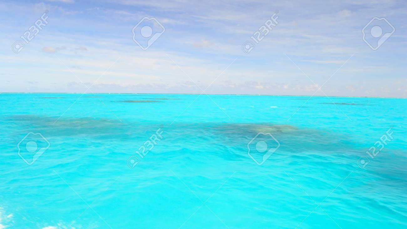 Die Herrliche Farbe Der Aitutaki Lagune Cook Inseln Vom Boot