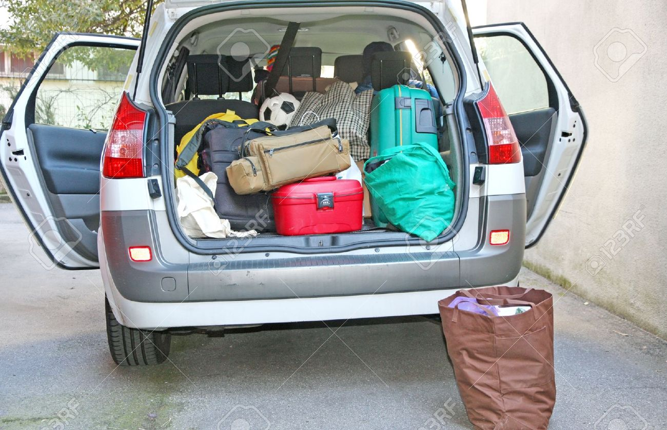 car full of luggage before departure family holiday Stock Photo - 18005088