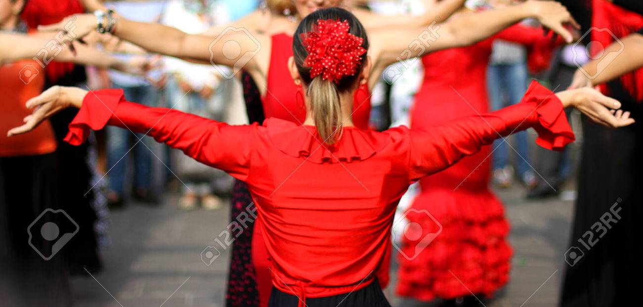 flamenco dancers expert and Spanish dance with elegant period costumes Stock Photo - 22412285