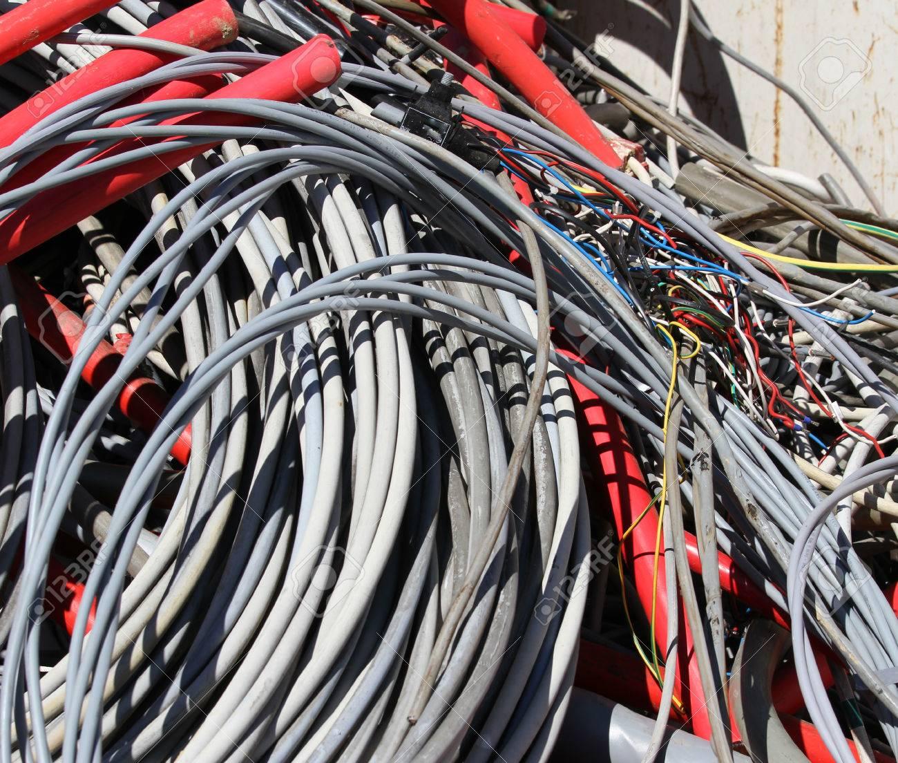 Atemberaubend Nicht Metallisches Kabel Galerie - Elektrische ...