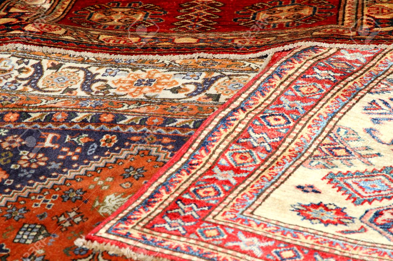 Beautiful Oriental Rugs In Pure Virgin Wool Available In A Stall