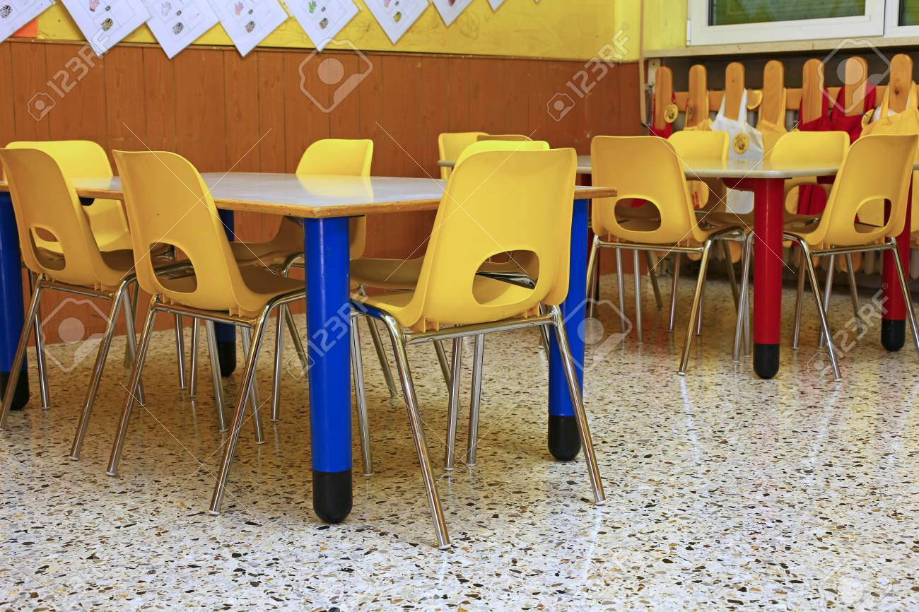 Surprising Small Yellow Chairs And Benches Of A School For Young Children Inzonedesignstudio Interior Chair Design Inzonedesignstudiocom