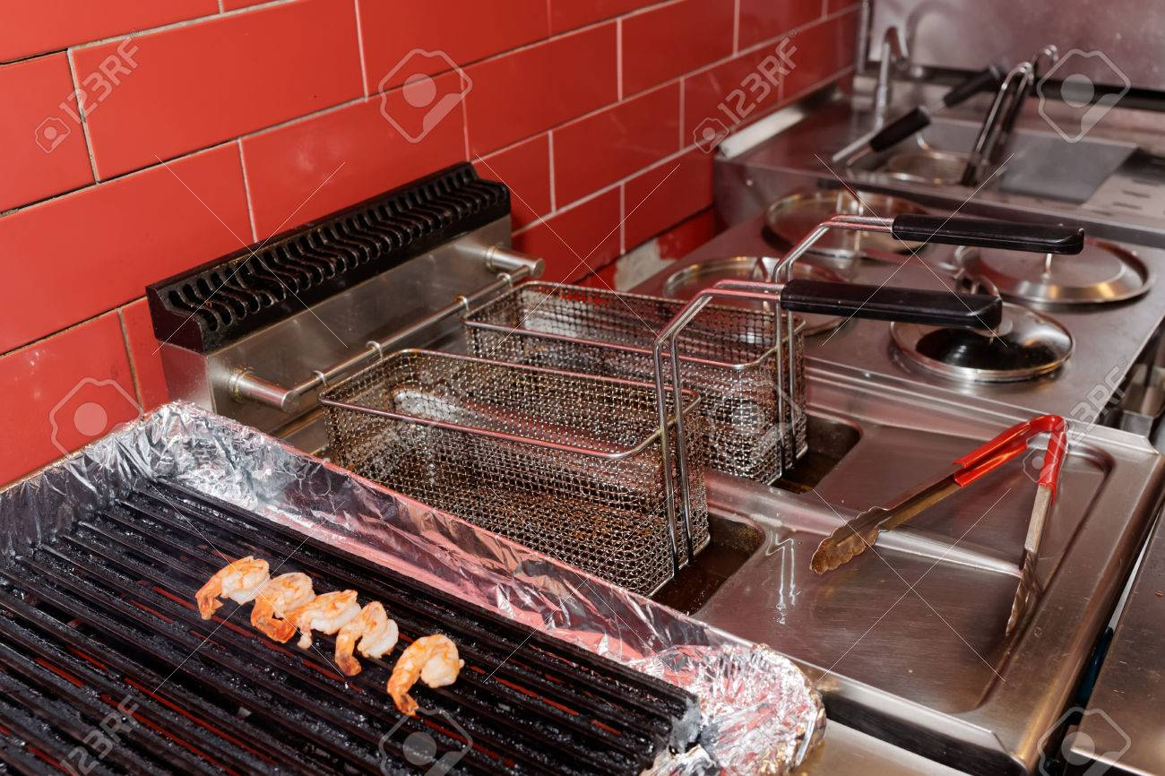 Commercial kitchen equipment - grill and deep fryer