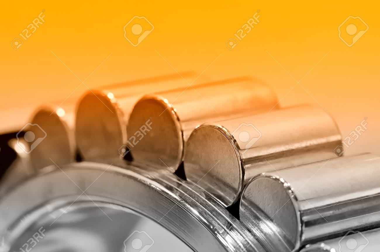 Industrial roller bearing on a light background. Red toning. Shallow depth of field, selective focus Standard-Bild - 85275005
