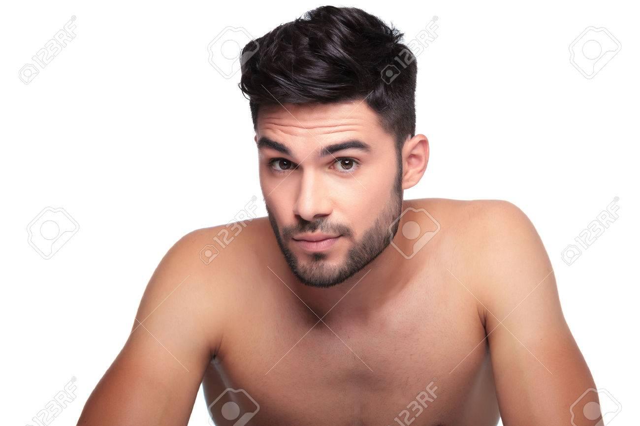 Bien-aimé Giovane Uomo Con La Barba Corta, Cercando Un Po 'sorpreso Su  JP05
