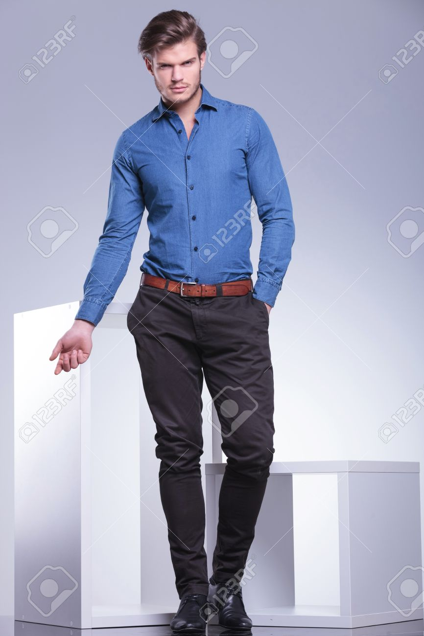 smart casual dressed man in a fashion pose, full body picture