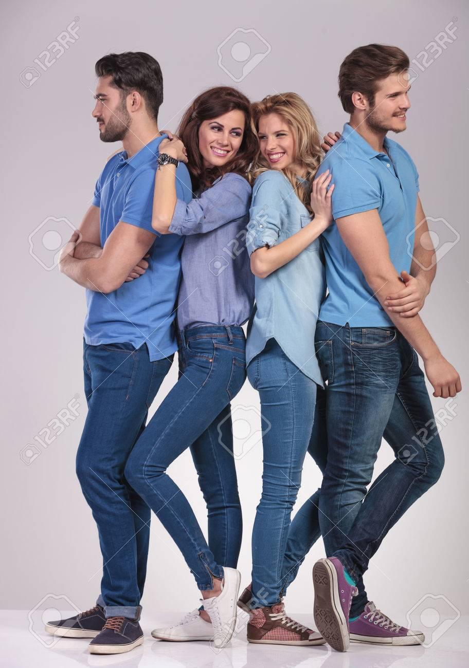 Groupe d hommes cherche femme [PUNIQRANDLINE-(au-dating-names.txt) 65