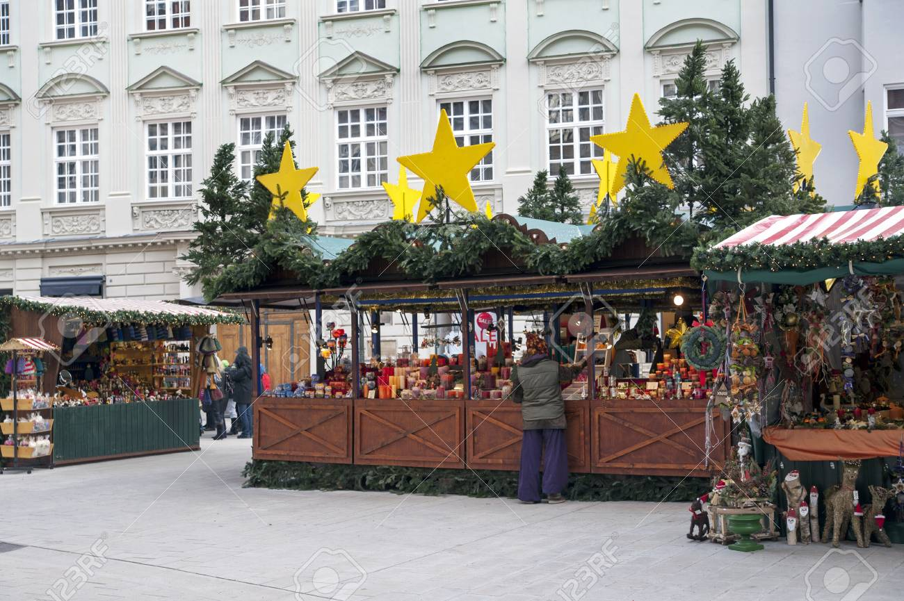 Christmas Market  christkindlmarket  with stalls in Erfurt, Augsburg  Stock Photo - 18673885