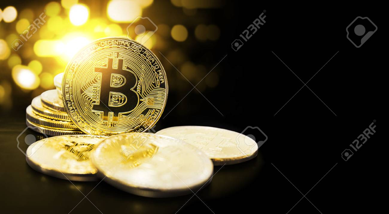 Bitcoin and bokeh light with copy space - 91710076