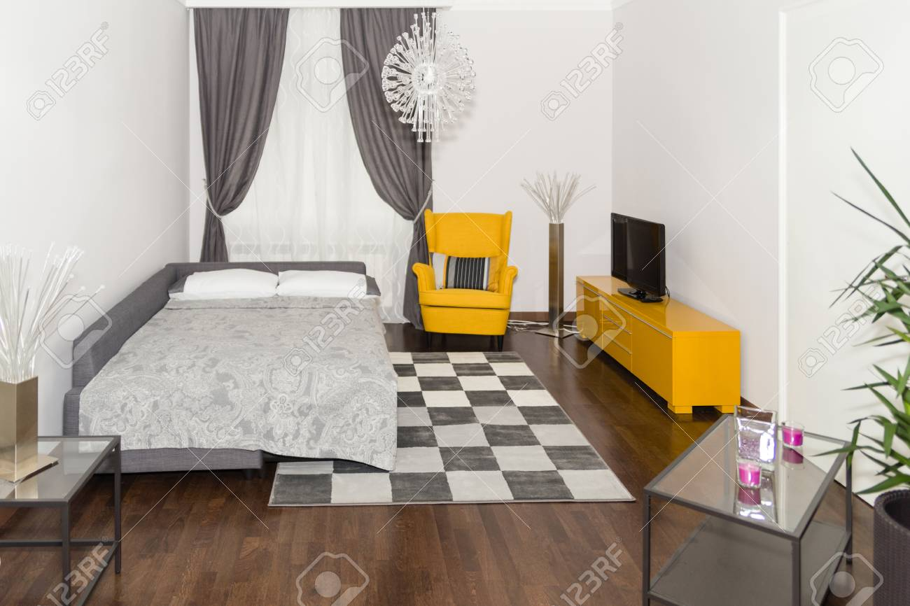 Modern Hotel Apartment Mit 3d Wohnzimmer Und Schlafzimmer Innen, Weiße Wände.  Luxus Wohnzimmer