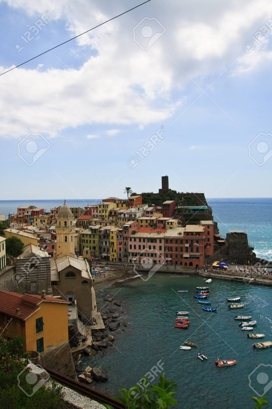 Seaside town of vernazza in cinque terre Italy Stock Photo - 7986333