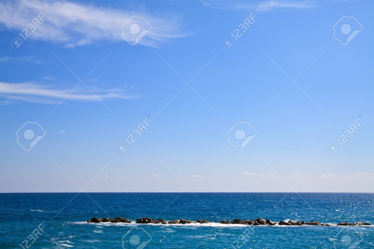 The national park Cinque Terre in Italy Stock Photo - 7900547