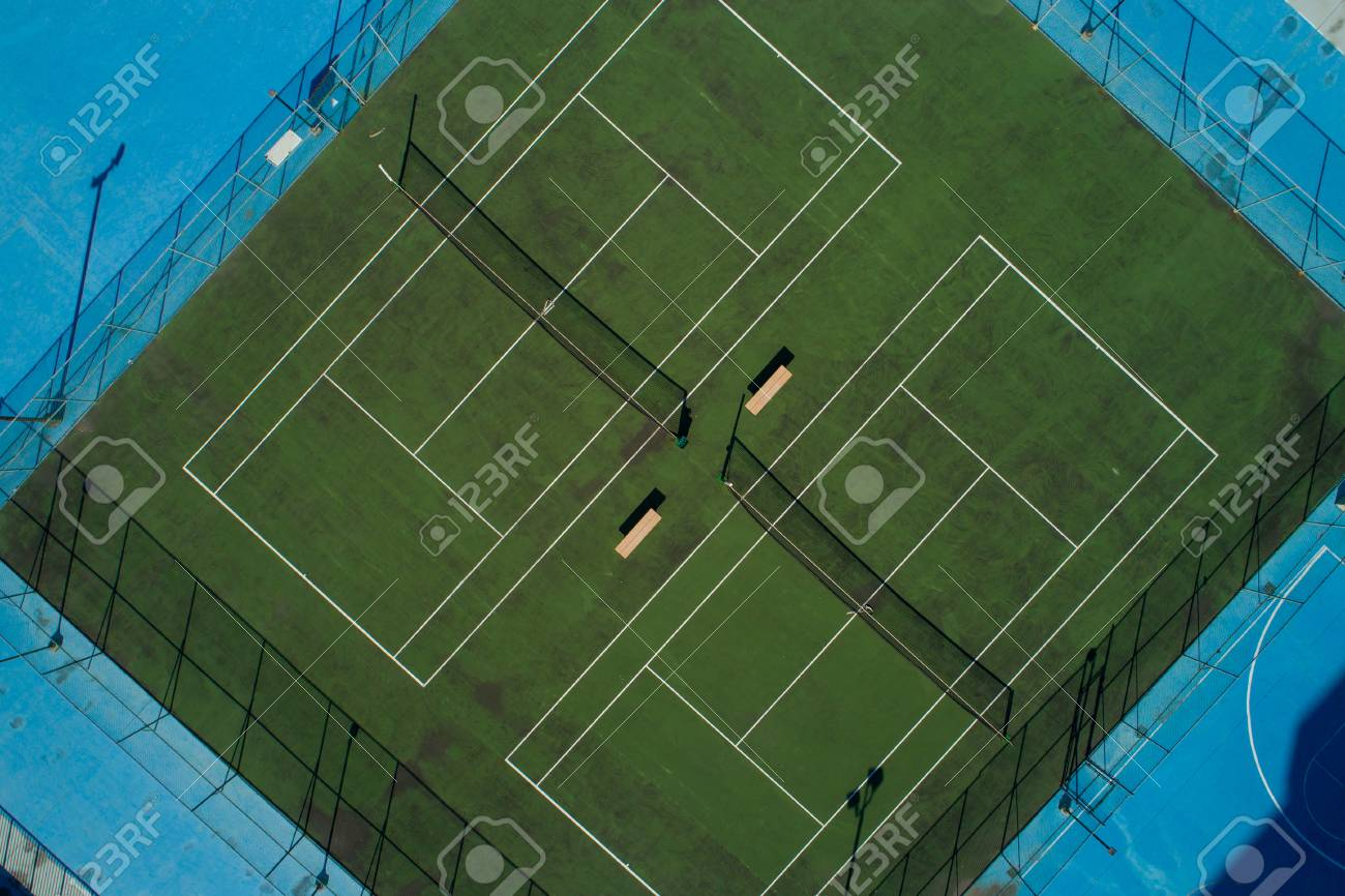 Aerial photo of a tennis court - 95859258