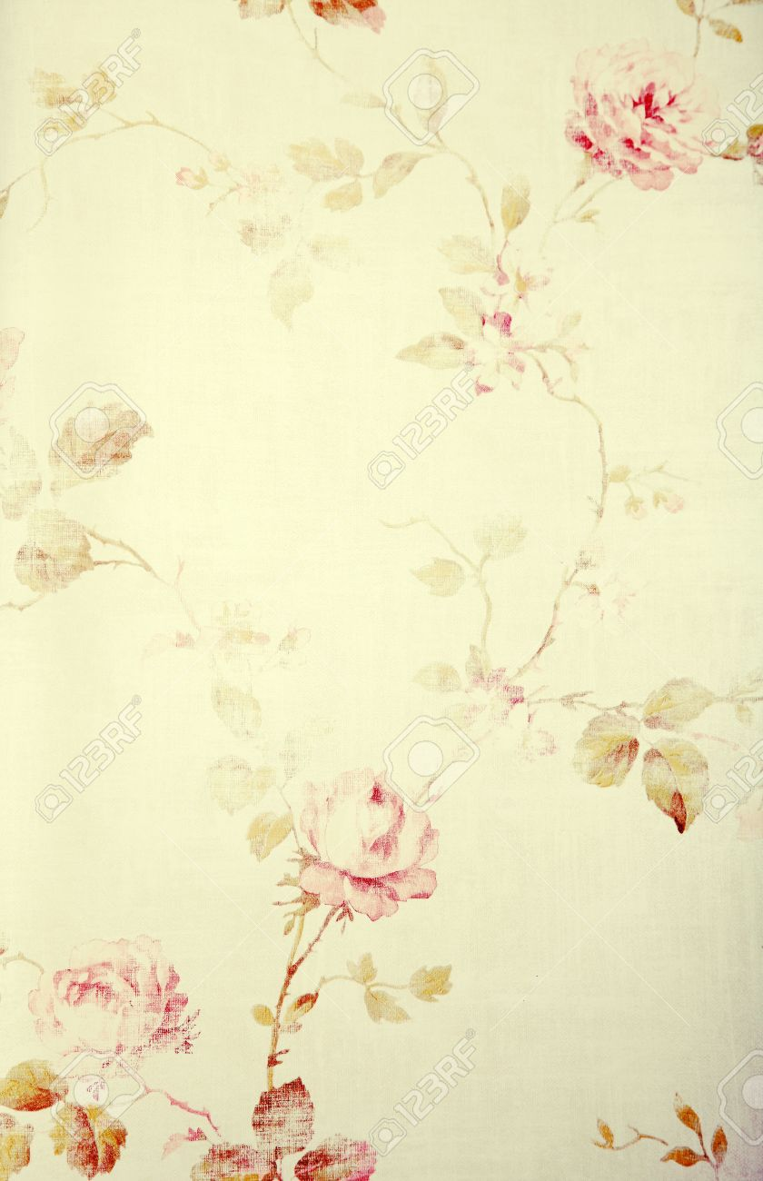 Vintage Victorian Wallpaper With Pastel Rose Floral Pattern