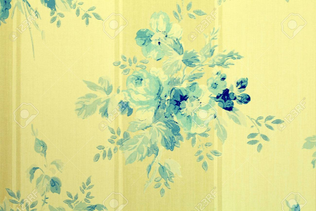 Vintage Victorian Wallpaper With Blue Flowers Floral Pattern