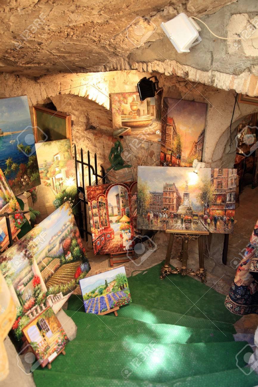 Saint Paul De Vence Art saint-paul-de-vence, france - may 12, 2013: art gallery in saint..
