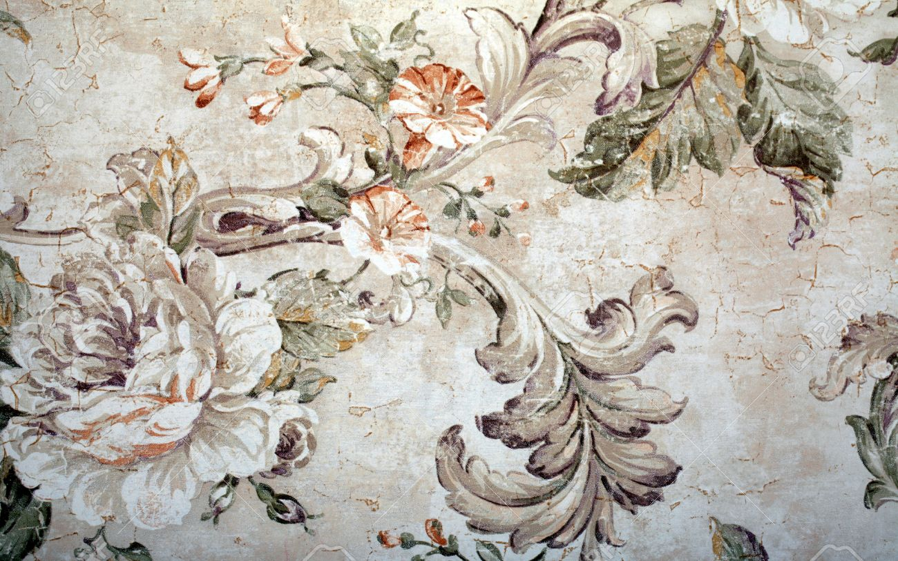Vintage Shabby Chic Wallpaper With Floral Victorian Pattern And