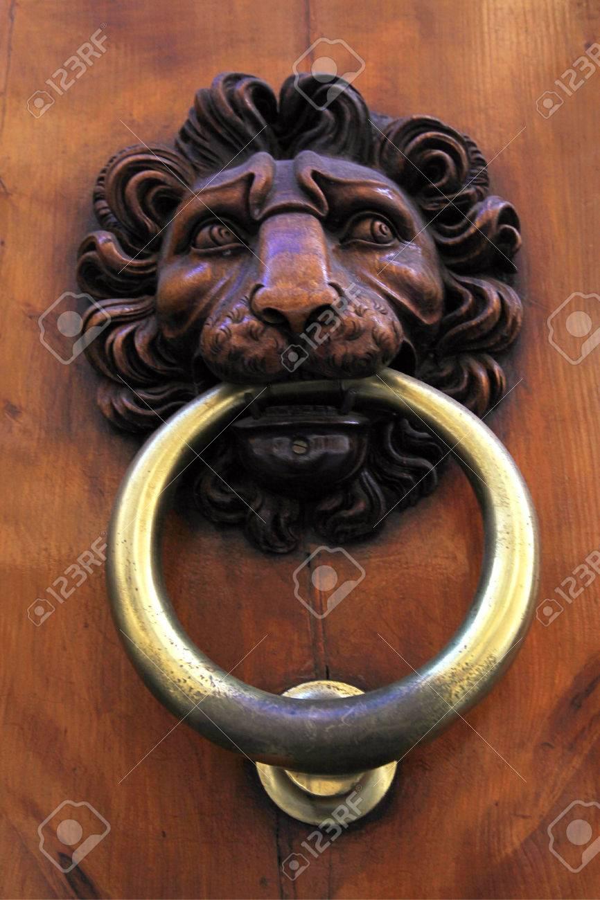 Antique Door Knob With Lion\'s Head On Old Wooden Obsolete Door ...