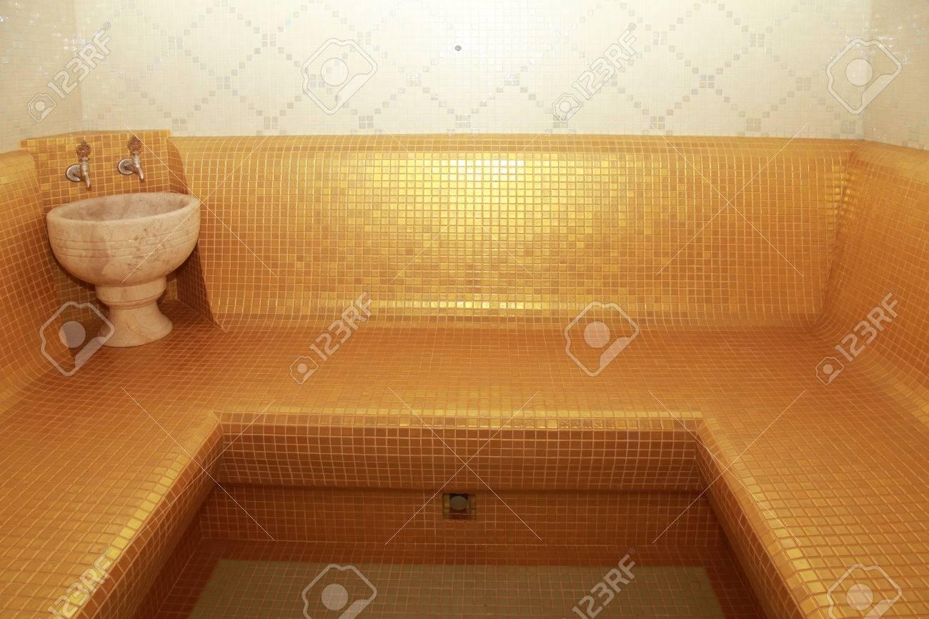 Baño Turco O Sauna | Interior De Una Sauna De Vapor Bano Turco Clasico Fotos Retratos