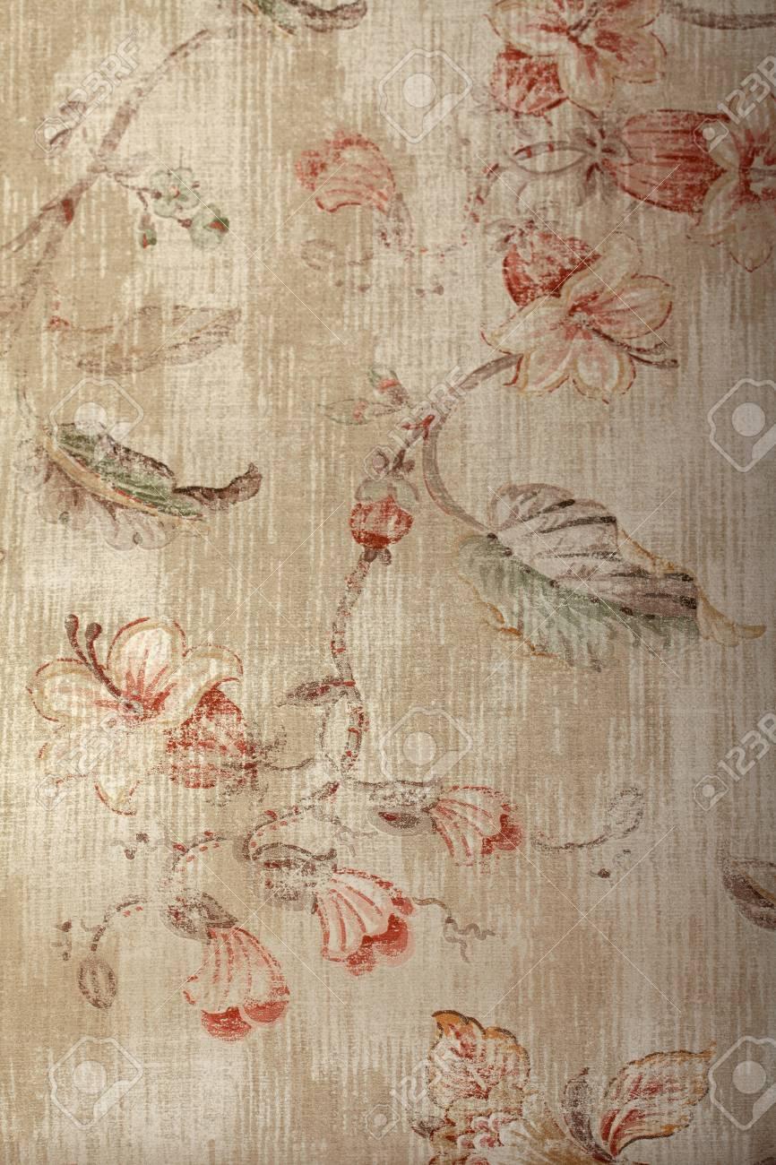 Papier Peint Chic papier peint beige shabby chic vintage avec motif victorien floral