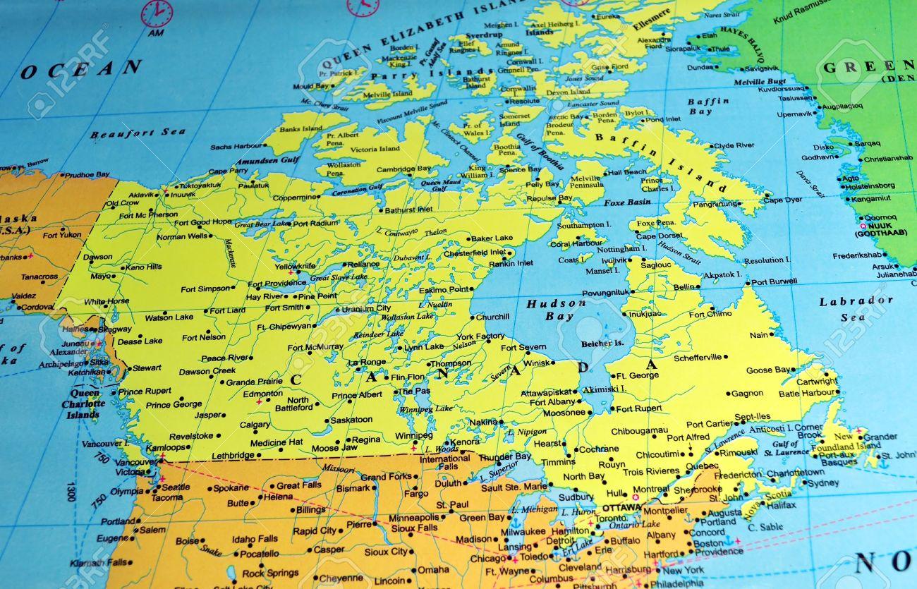 Mapa De Color Canada Incluye Los Nombres De Muchas Ciudades Y De Las Referencias