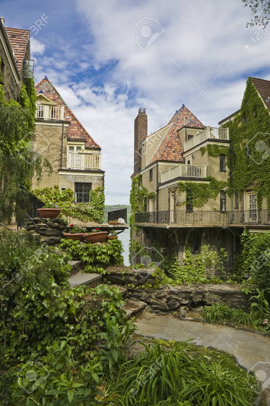 Old Dutch Houses In New York Stock Photo Picture And Royalty Free