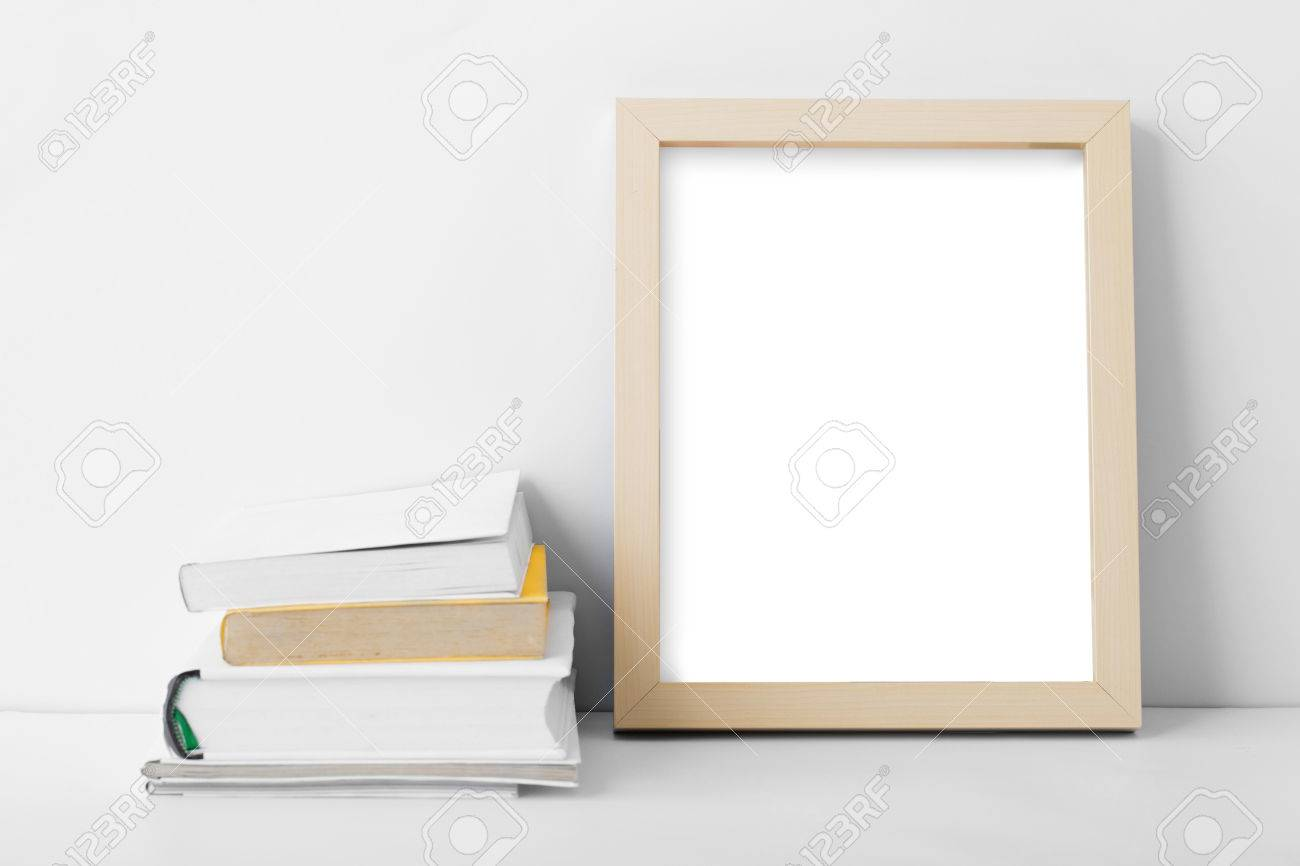 Porträt Schreibtisch Leere Bilderrahmen Nest, Um Mit Kopie Raum Auf ...