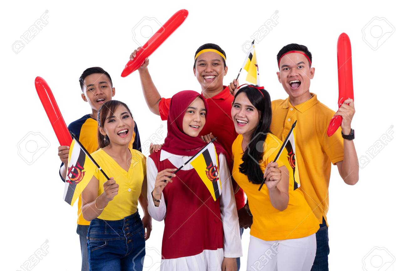 supporter of brunei national team - 128565039