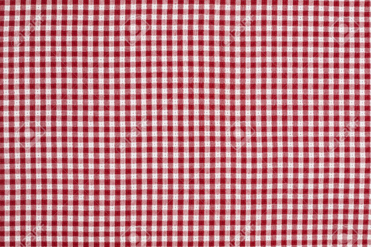 Gentil Red And White Checkered Picnic Blanket Tablecloth Detail Stock Photo    7652506