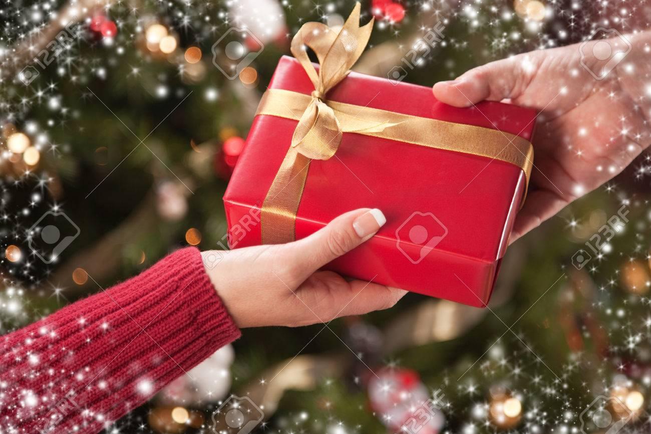 Заговоры, чтобы мужчина Ритуал чтоб дарил подарки