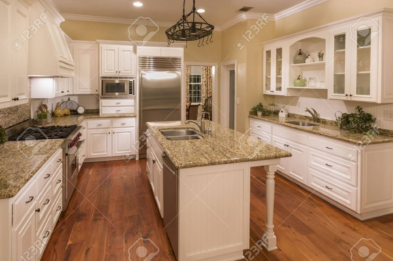 Beautiful Custom Kitchen Interior in a New House. - 50412560