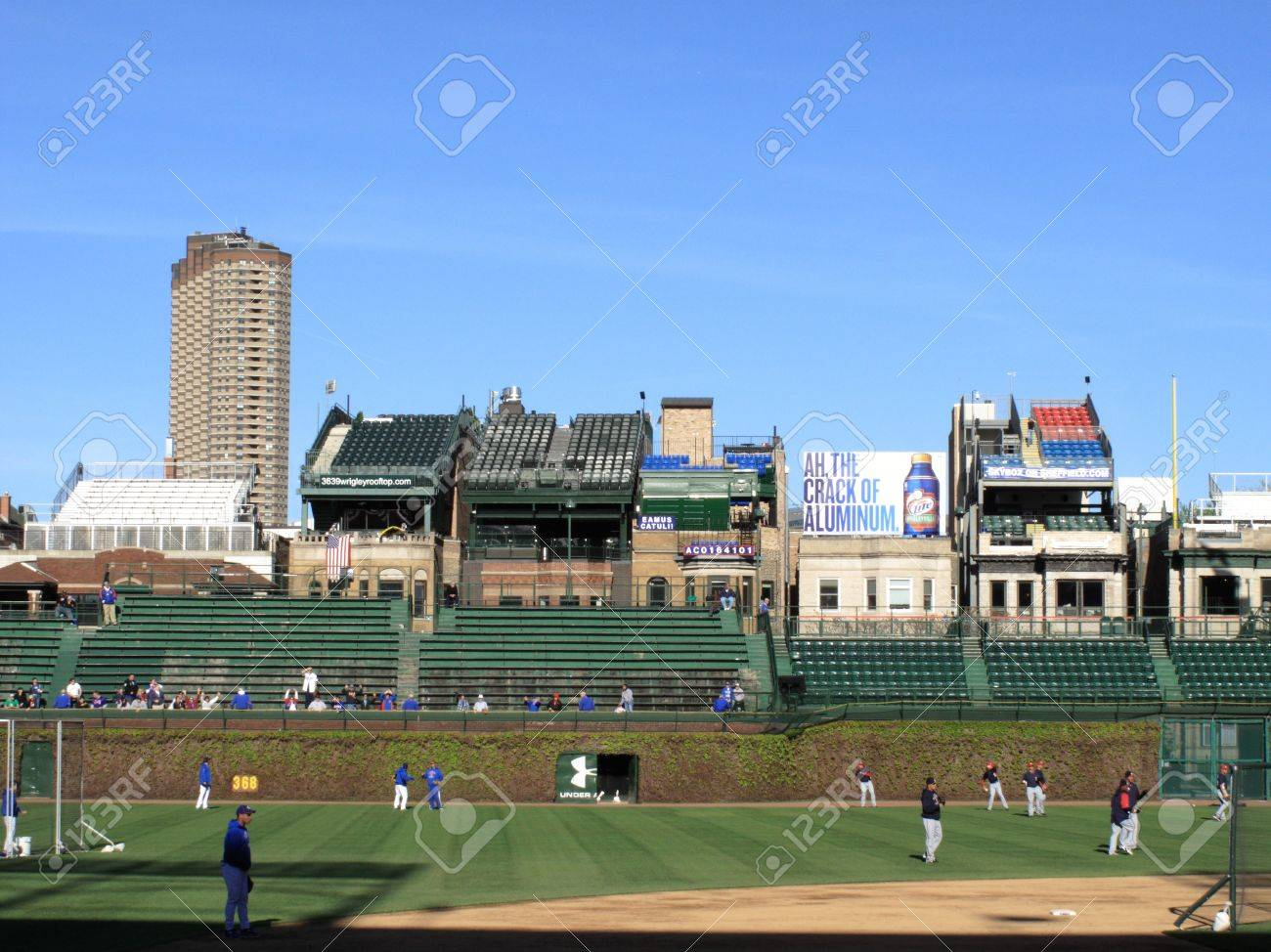 Wrigleyville Rooftops 3643 Sheffield - Chicago's Wrigley Rooftops ...