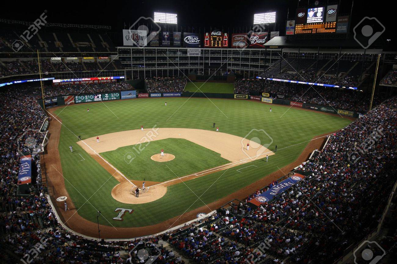 Arlington, Texas - September 28, 2010: Texas Rangers Ballpark In Arlington, home of the playoff bound Rangers. Ichiro Suzuki of the Seattle Mariners is at the plate. Stock Photo - 8558879