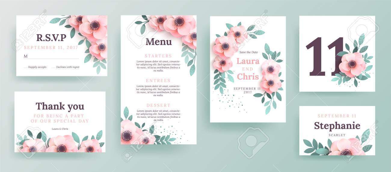 Un Conjunto De Invitaciones Para Una Boda Con Flores Rosadas Diseña Una Portada Con Un Lugar Para El Texto Plantilla De Menú Tarjetas De Embarque