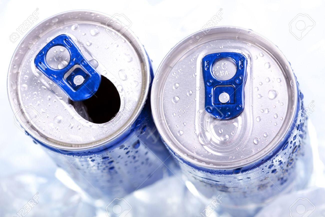 drink can closeup - 7683692
