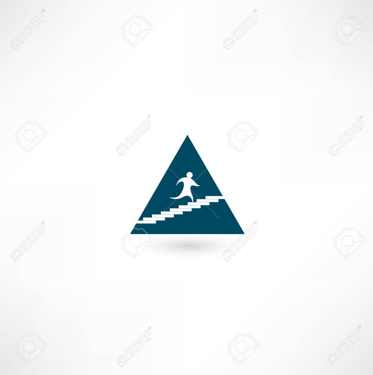 Up the pyramid icon Stock Vector - 16138438