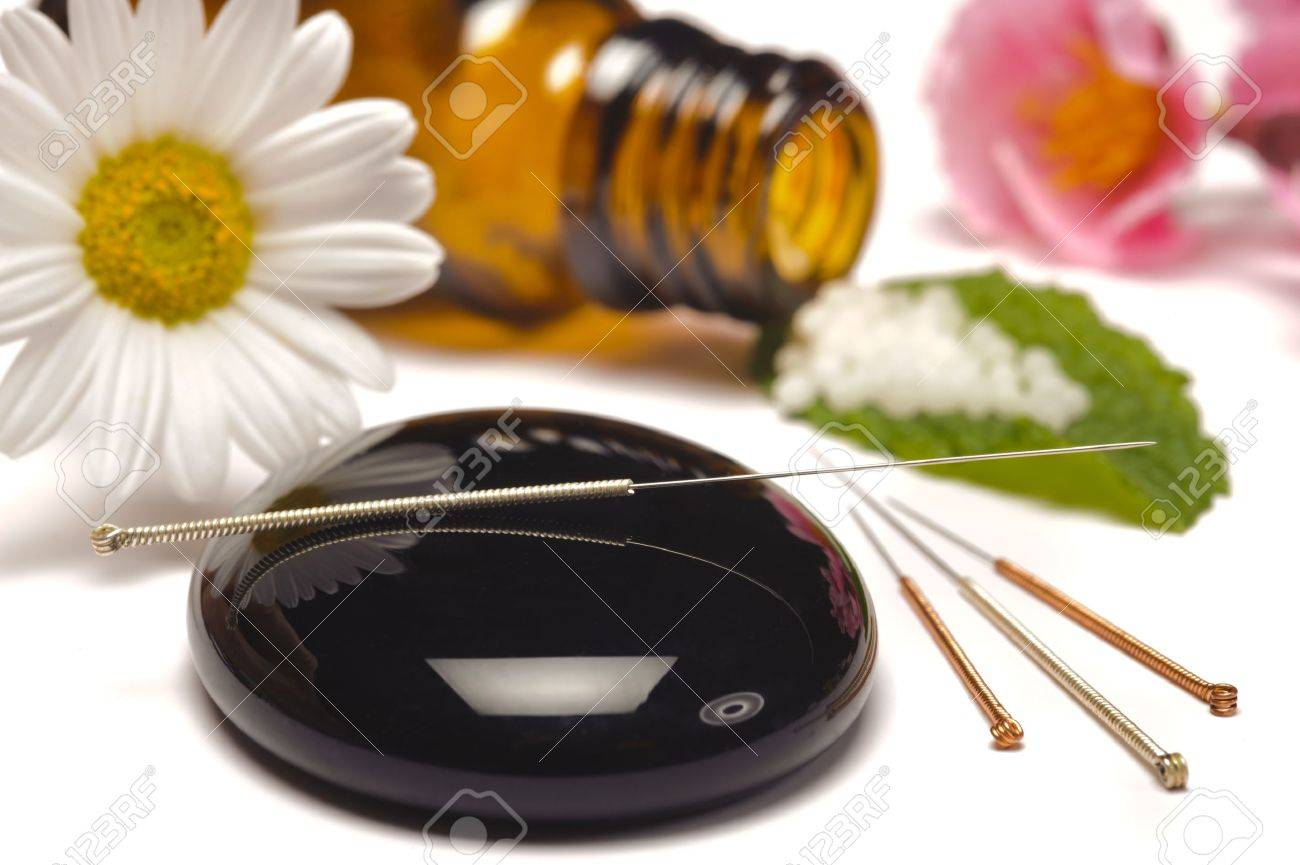 alternative medicine with homeopathy, globules and acupuncture - 13273034
