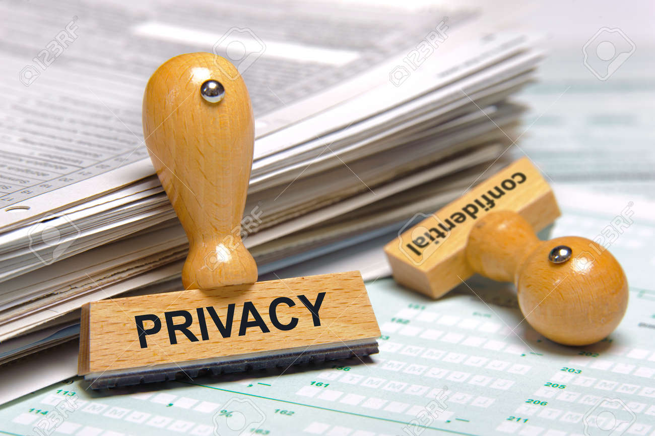 privacy printed on rubber stamp - 173444353