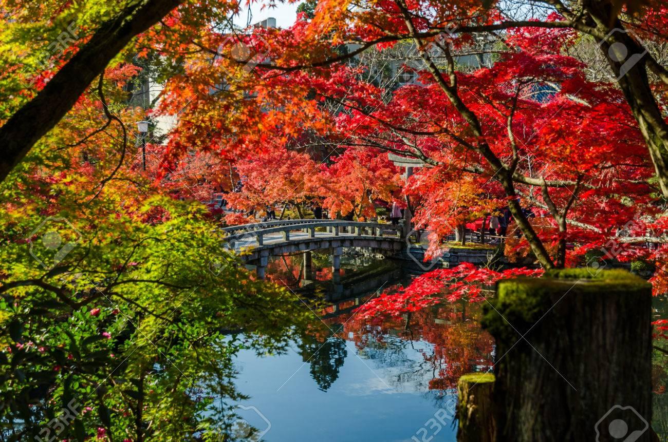 永観寺、京都、日本で石造りの橋...