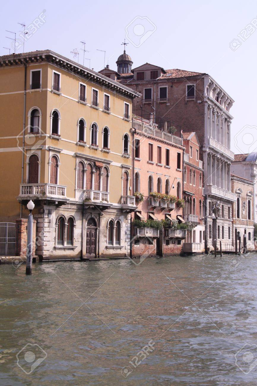 The building on the water, Venice, the main channel Stock Photo - 15721275