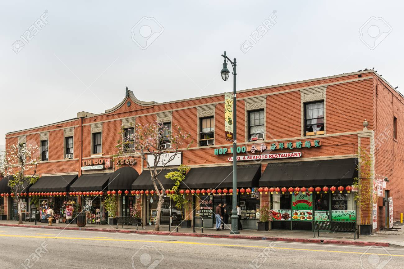Los Angeles Ca Usa April 5 2018 Collection Of Stores And