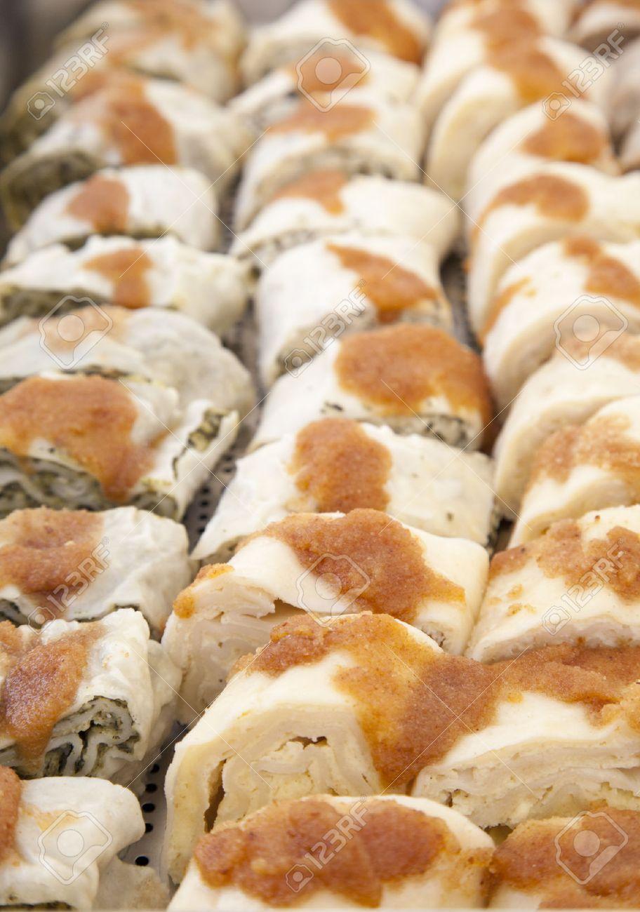 Ajdovi Struklji Lecker Suss Traditionell Slowenische Kuche Roll